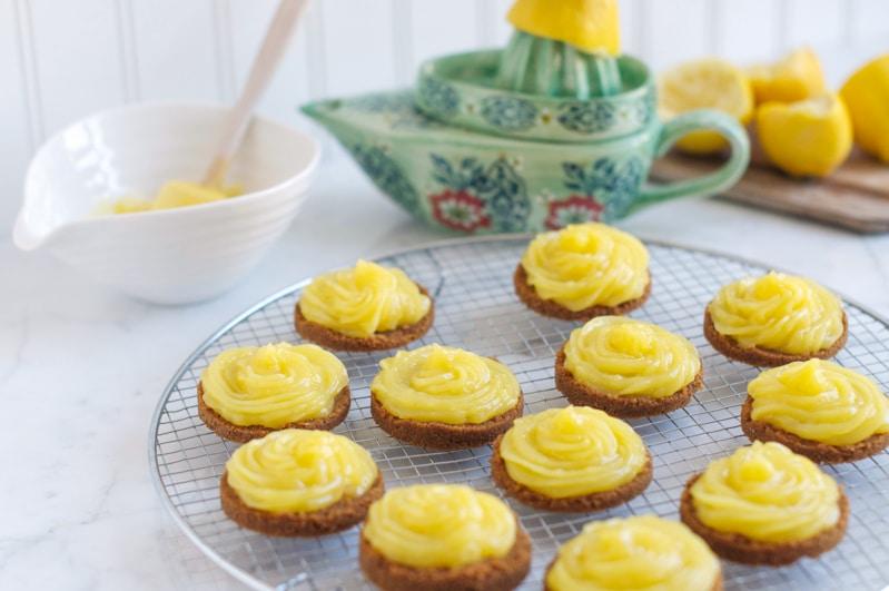 lemon curd tartelettes 15