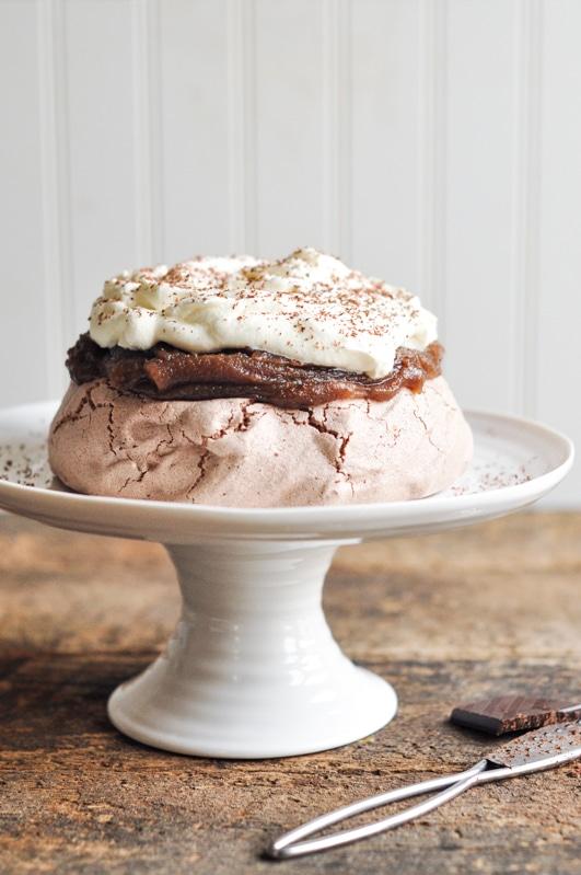 chestnut cream pavlova