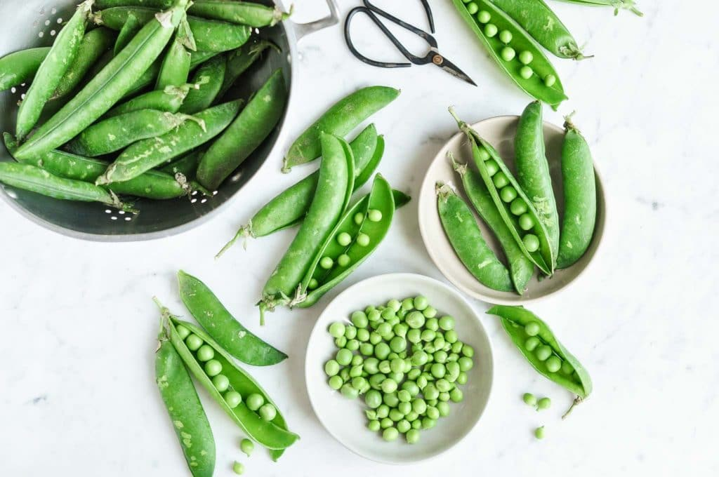fresh podded peas