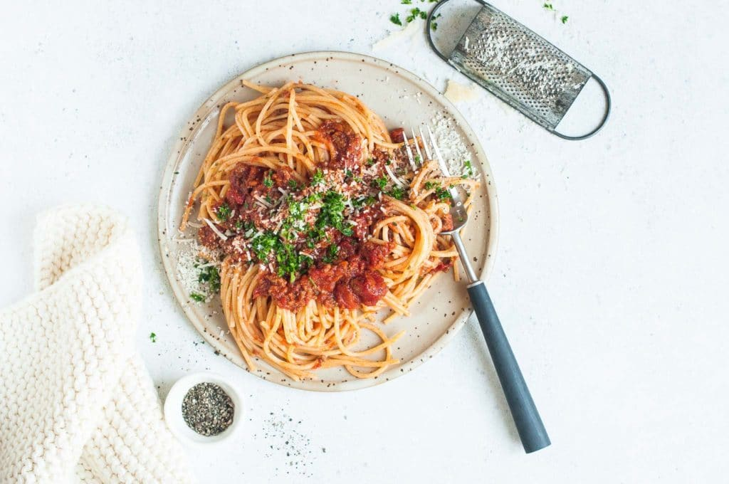 Traditional Spaghetti Bolognese With Step By Step Photos Eat