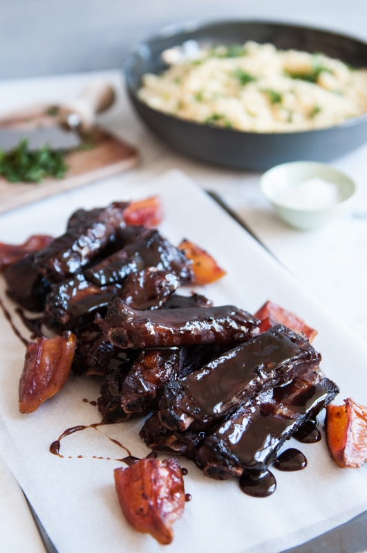 {Sticky Cassis Pork Ribs}