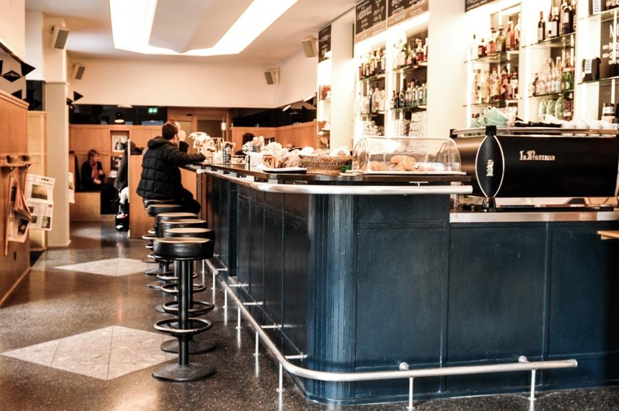 le raymond bar 28