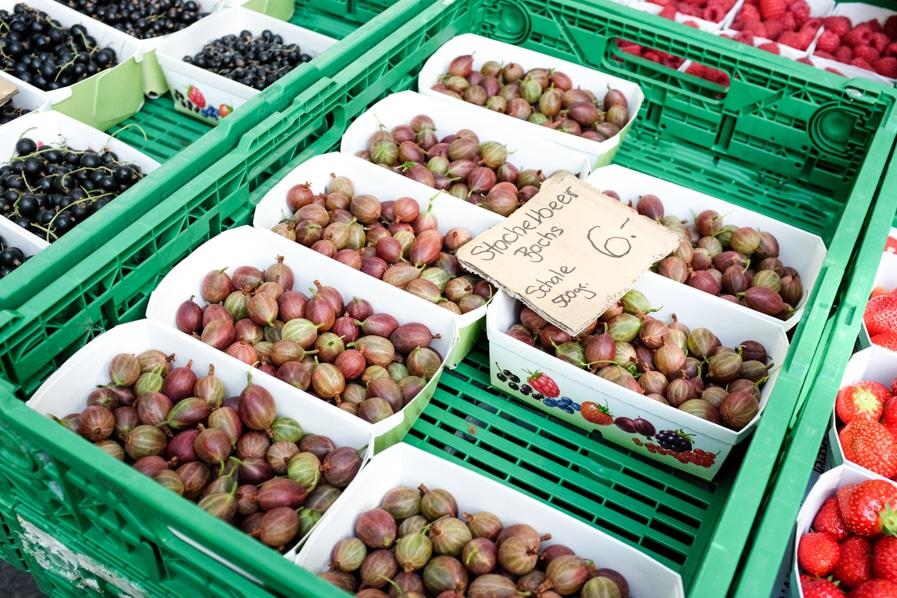 gooseberries at farmers' markets