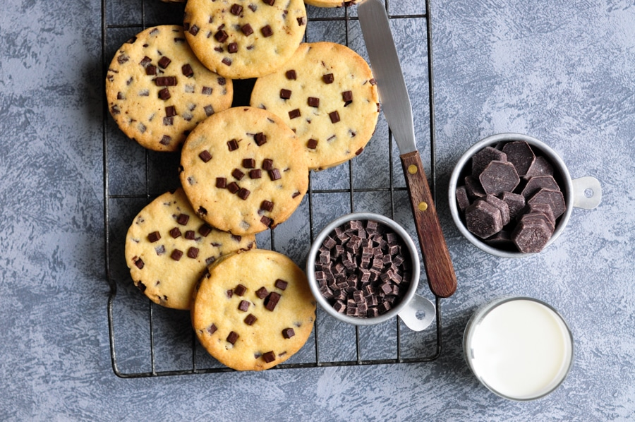 giant choc chip sable