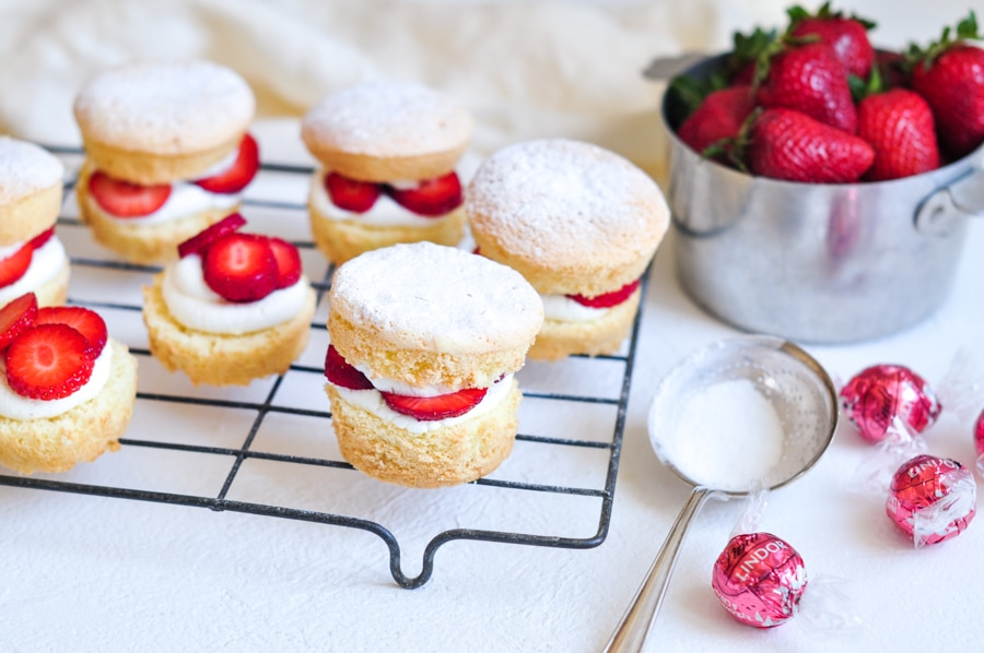 strawberry shortcake cakes on wire rack