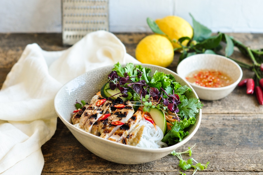vietnamese lemongrass chicken noodle bowl with nouc cham