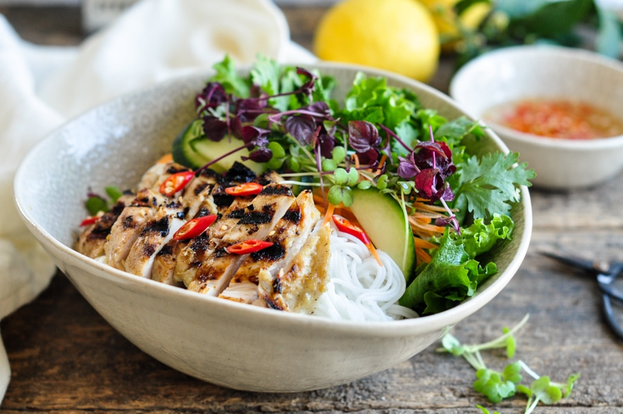 vietnamese lemongrass chicken noodle bowl with chillies