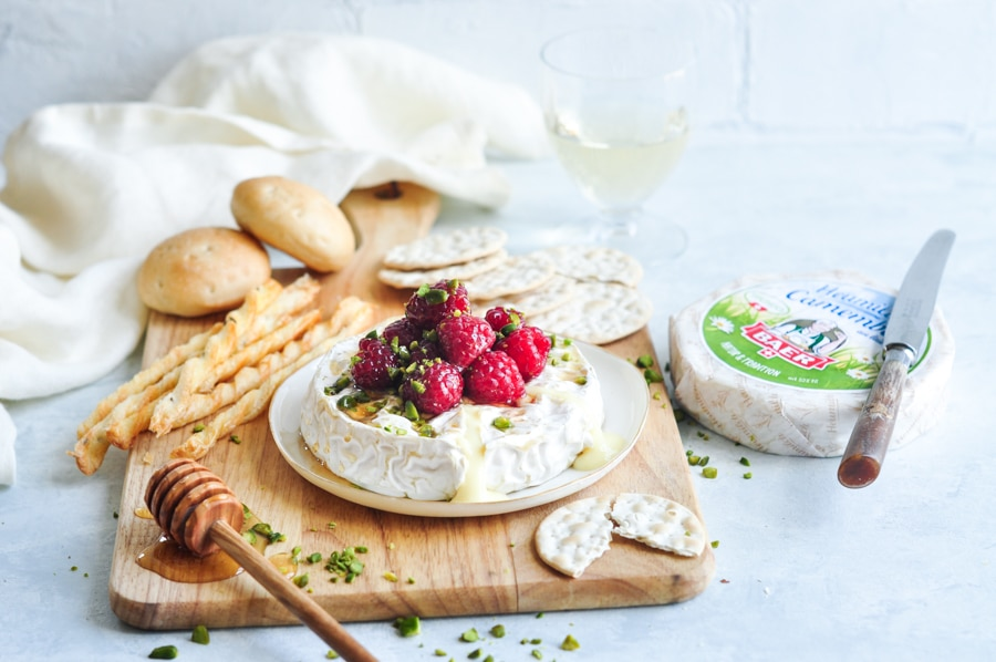 baked camembert honey raspberries