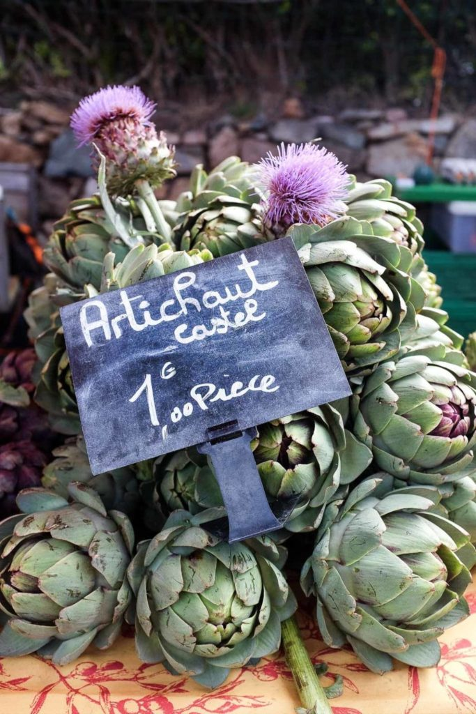 artichokes at the french farmers' markets