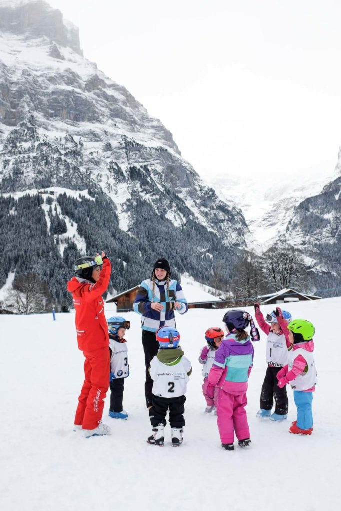 kids skiing lessons at bodmi grindelwald